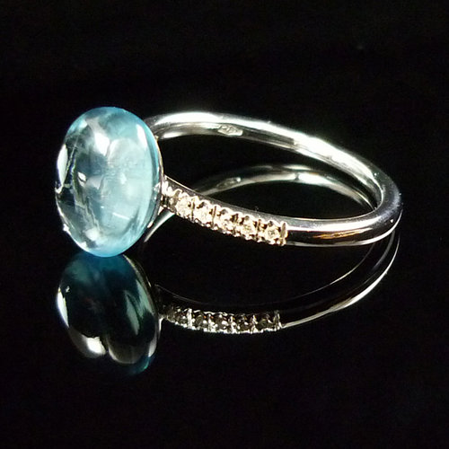 GILARDY GOCCIA ring from 18Ct white gold with blue topaz and diamonds