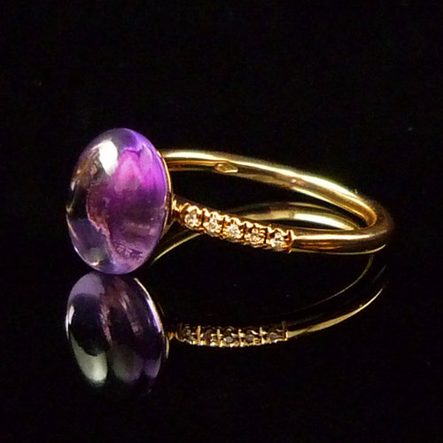 GILARDY GOCCIA ring  from 18Ct rosé gold with amethyst and diamonds